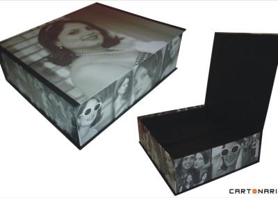 Caixa revestida com fotos [PA018]