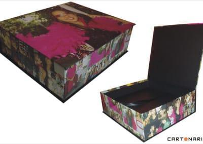 Caixa revestida com fotos [PA020]