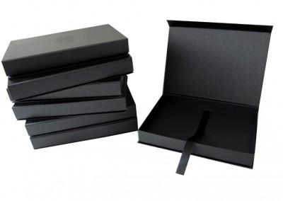 Caixa com fecho magnetico [PA215]