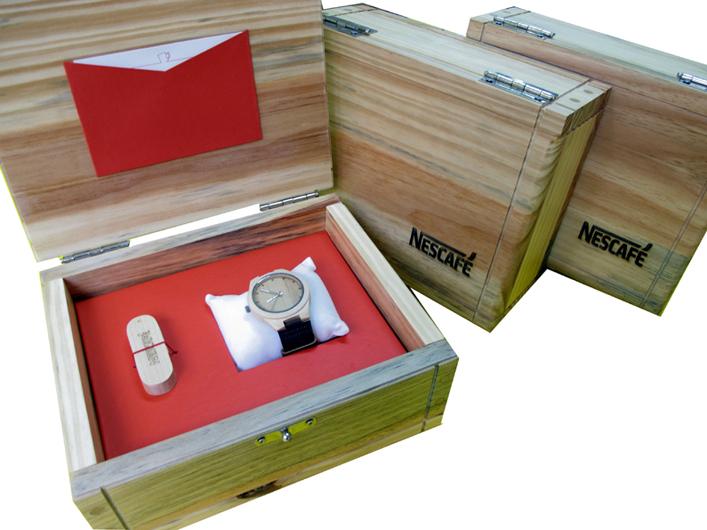 Nescafé (berço vermelho para caixa fornecida pelo cliente) [CA213]