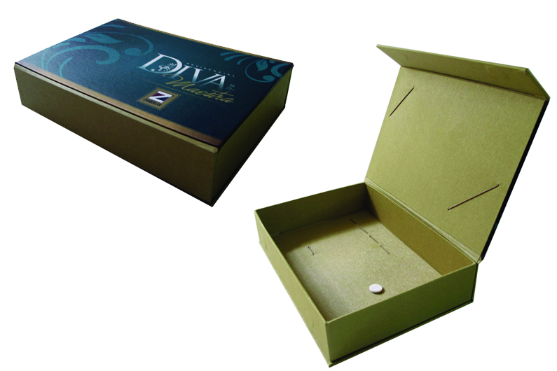 Zamberlan – Diva Maestra (caixa para entrega de chaves de imóvel) [PA225]