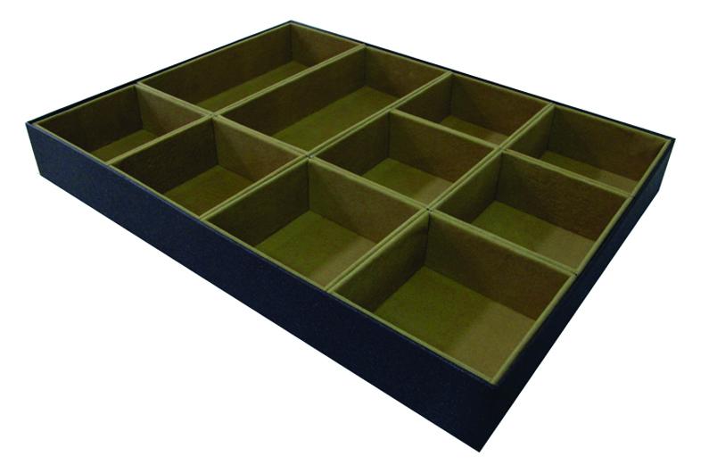 Caixa para closet com veludo por dentro e divisorias [CA226]