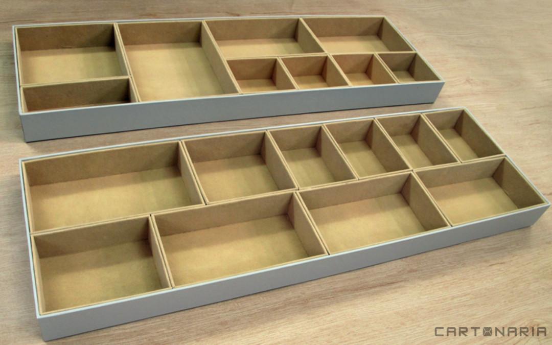 Caixa para closet com veludo por dentro e divisorias [CA232]